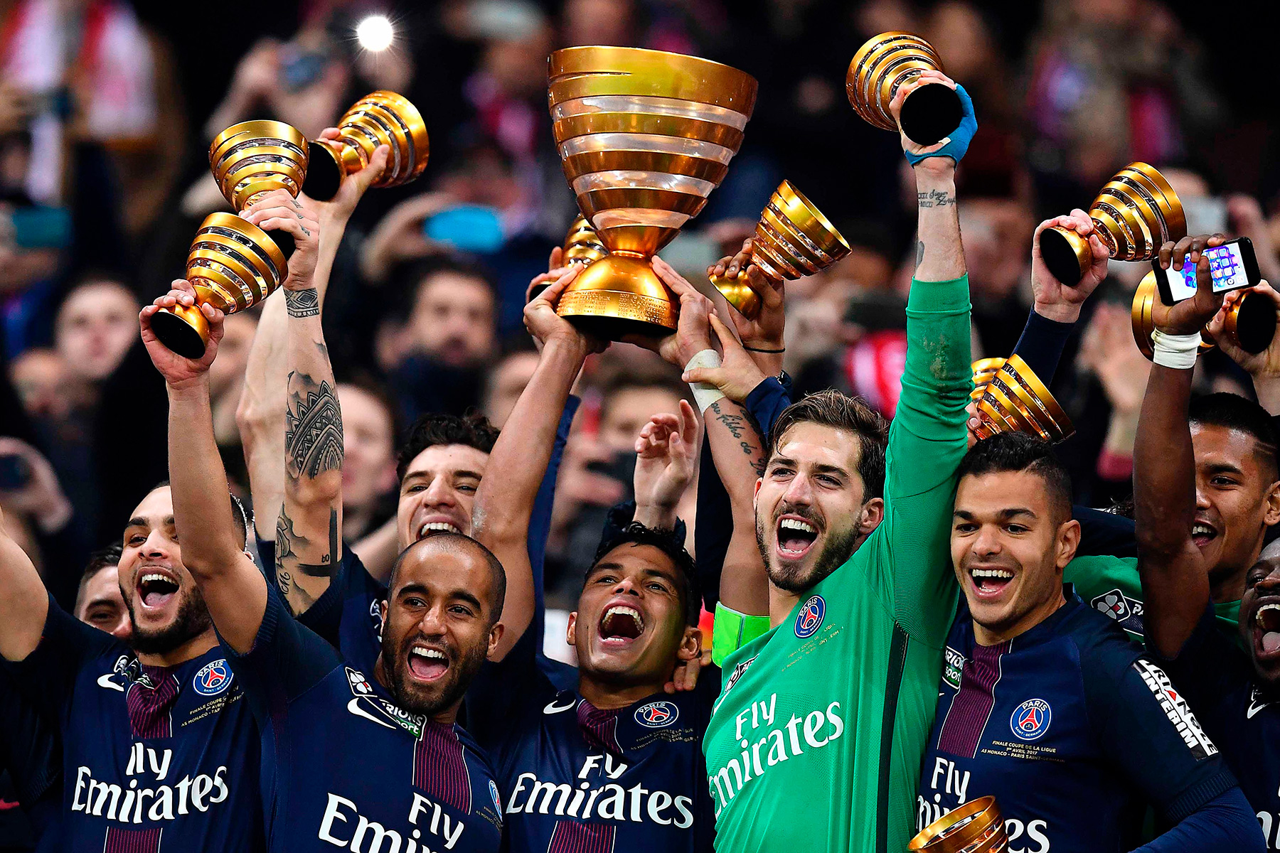 Match in photos psg win fourth consecutive coupe de la ligue psg talk - Match de la coupe de la ligue ...