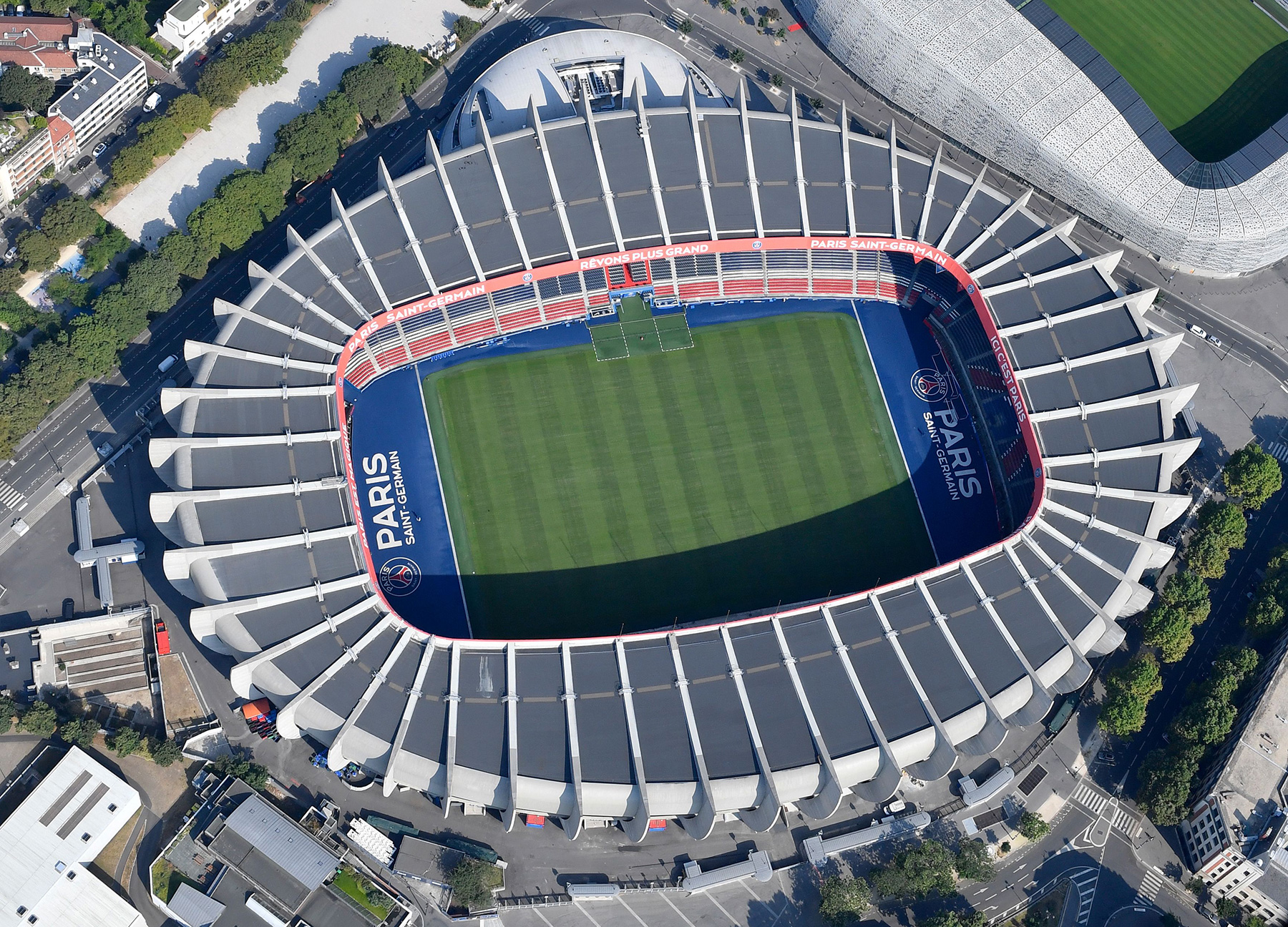Architect of the Iconic Parc des Princes Has Died - PSG Talk