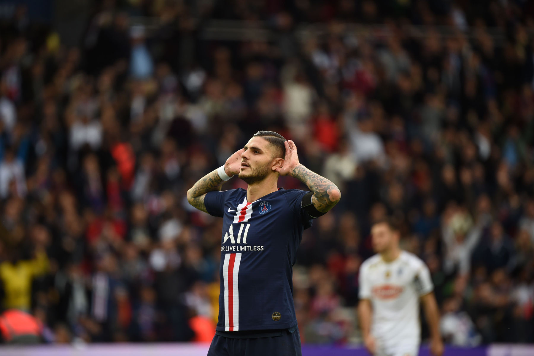 Video: Mauro Icardi Scores First Ligue 1 Goal For Paris ...