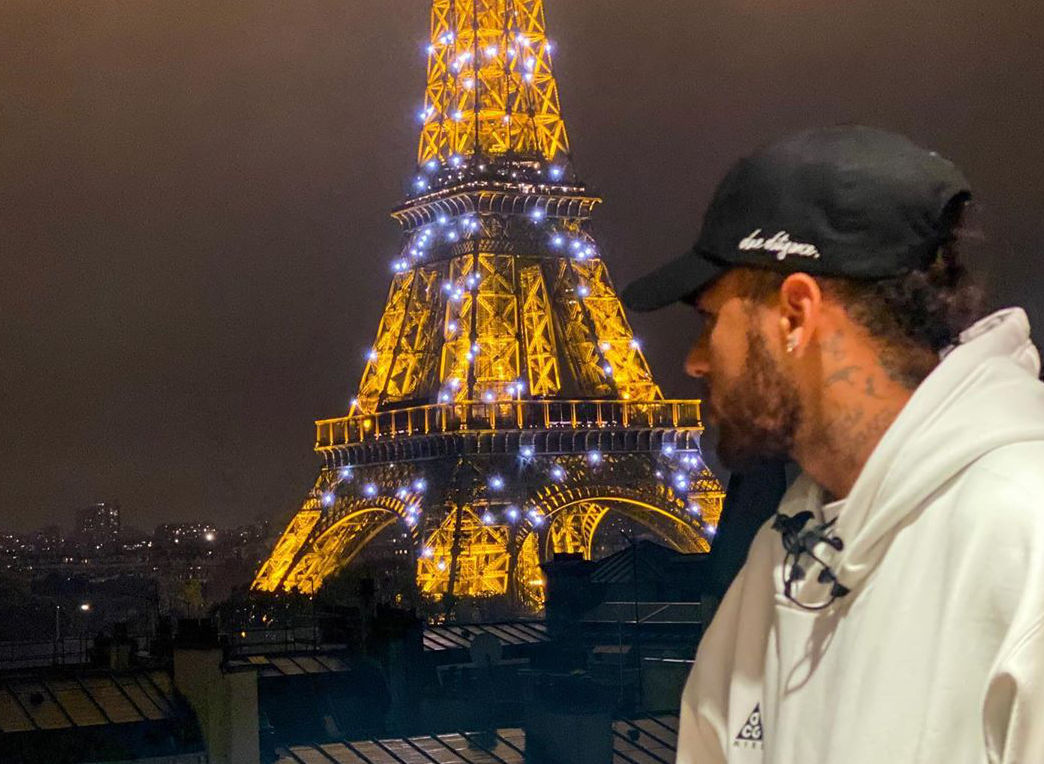 Neymar Shows Love For Paris On Social Media Psg Talk
