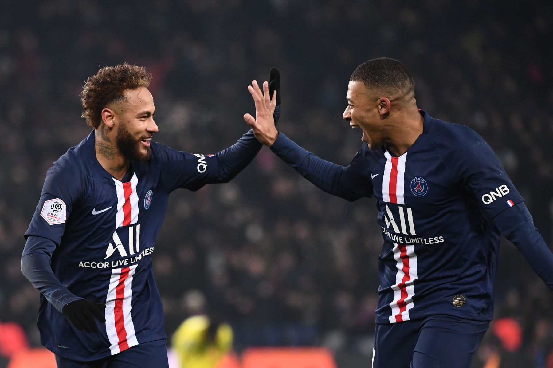 The 6 Clubs Who Are Interested in Signing Mbappé and Neymar - PSG Talk
