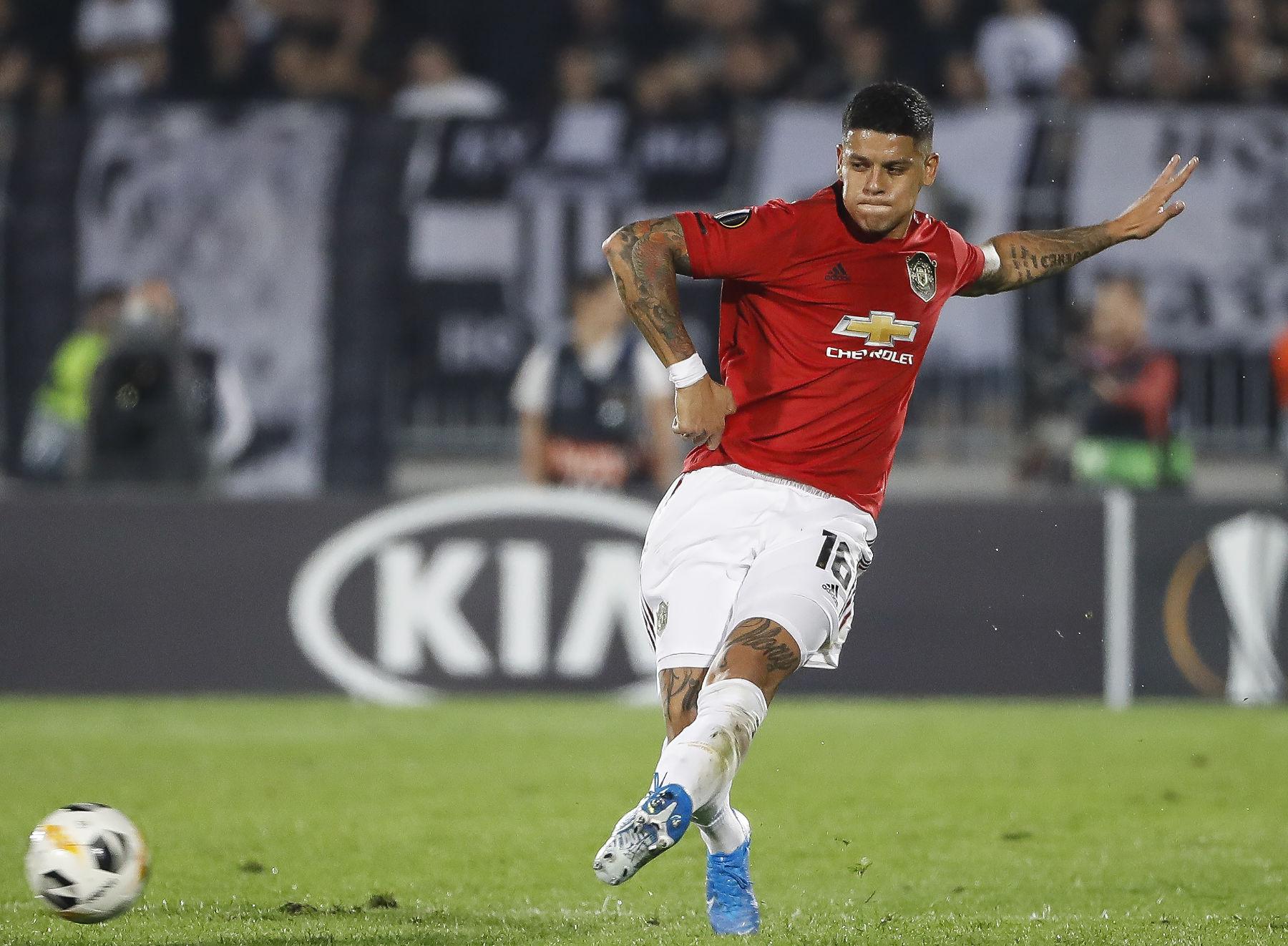 Manchester United Defender Causes Stir After Wearing PSG