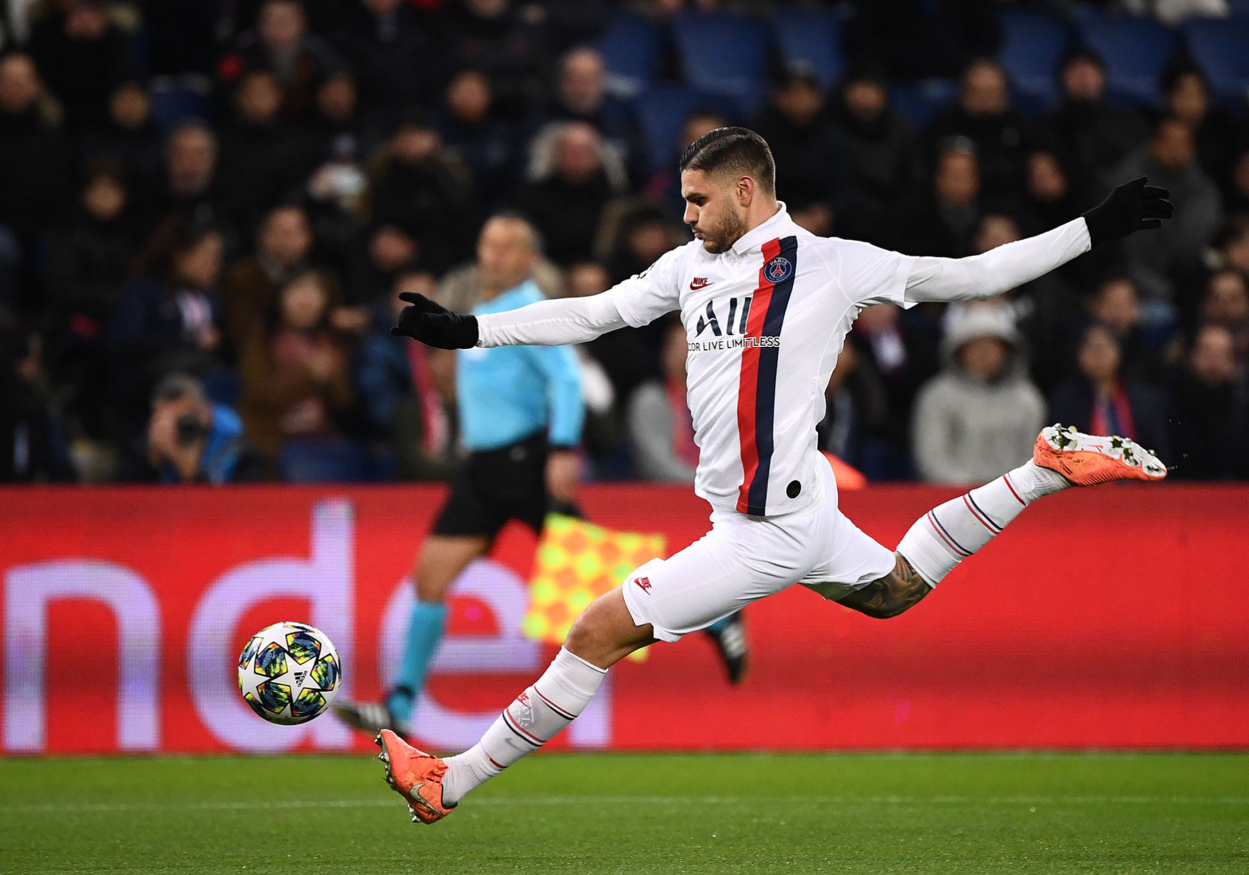 Official Mauro Icardi Completes Permanent Move To Psg From Inter Milan Psg Talk