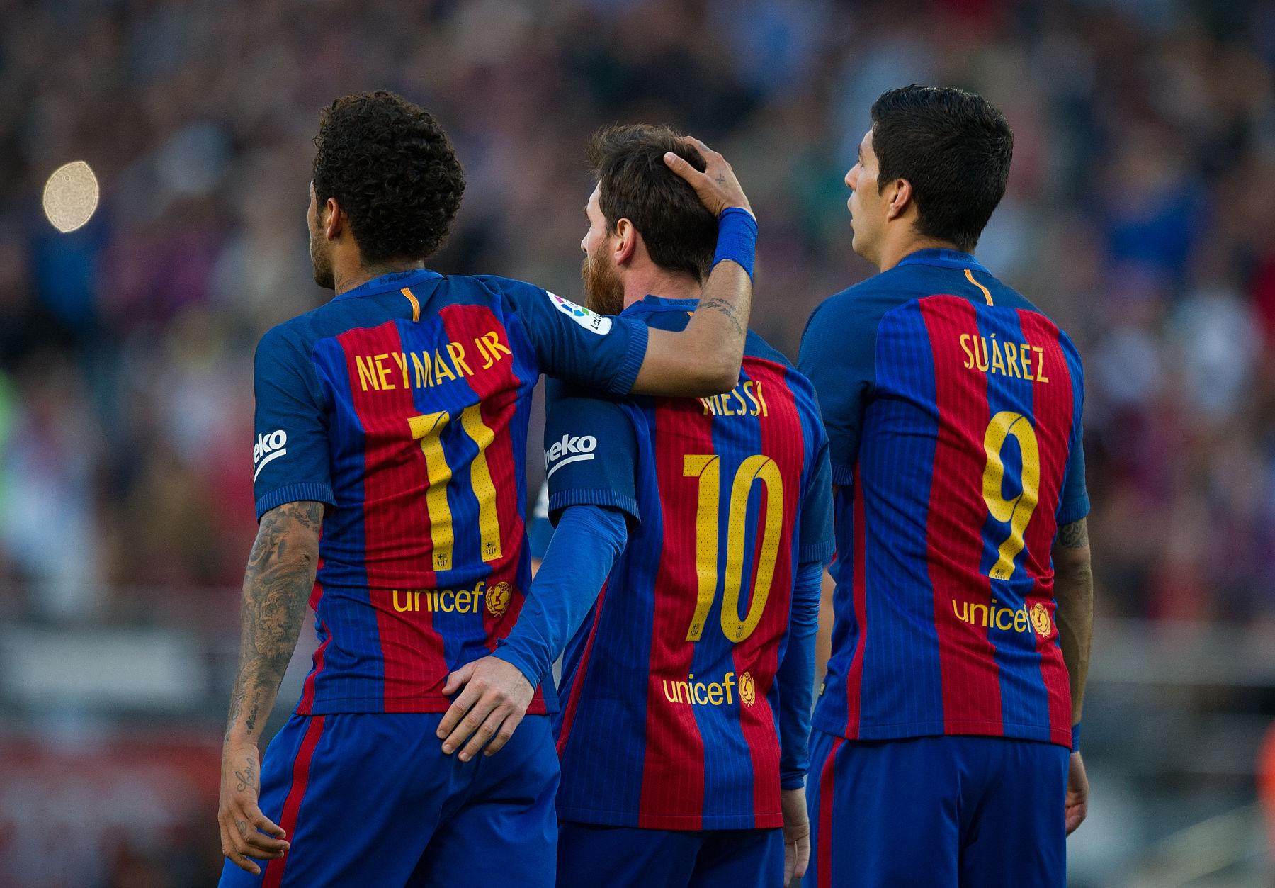 Neymar Reunites With Messi And Suarez In Uruguay Psg Talk