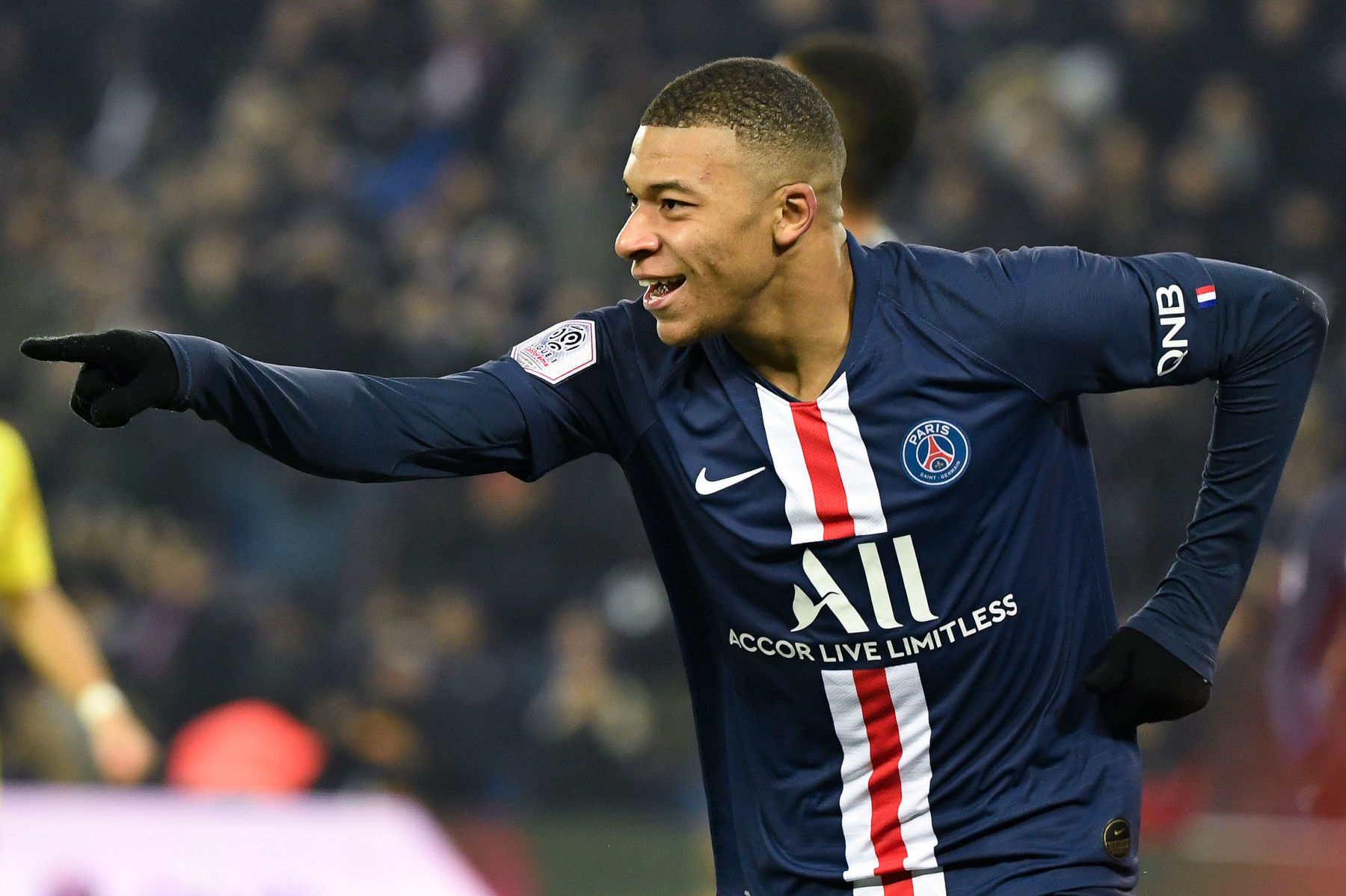 Report: Real Madrid Prepared to Offer €200M + Player for Mbappé ...