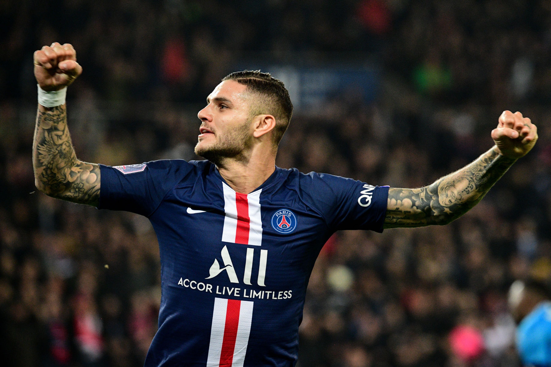 Top Officials At Psg Are At Odds Over The Future Of Mauro Icardi Psg Talk