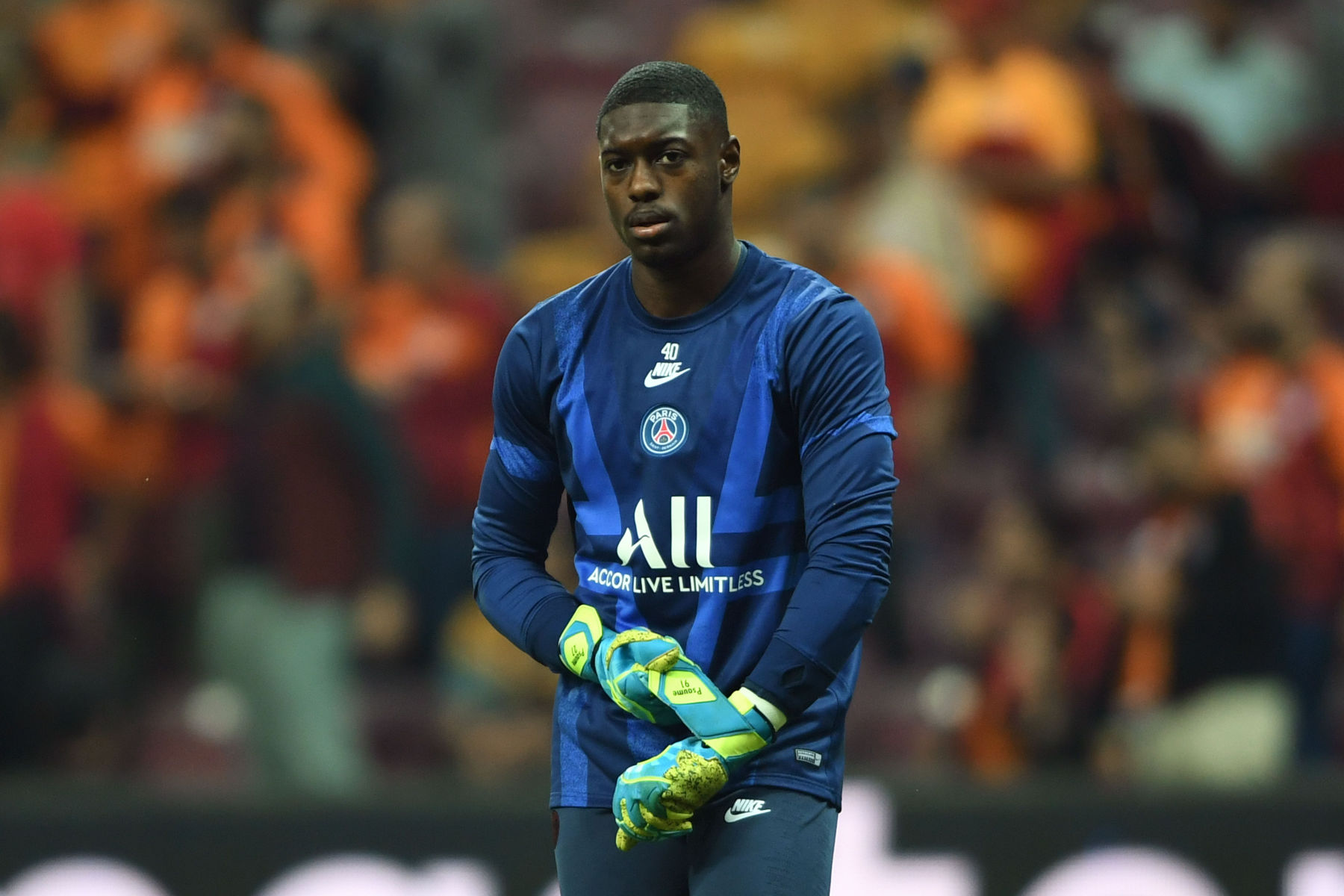 Report: PSG to Loan Out Goalkeeper Garissone Innocent This Summer - PSG Talk