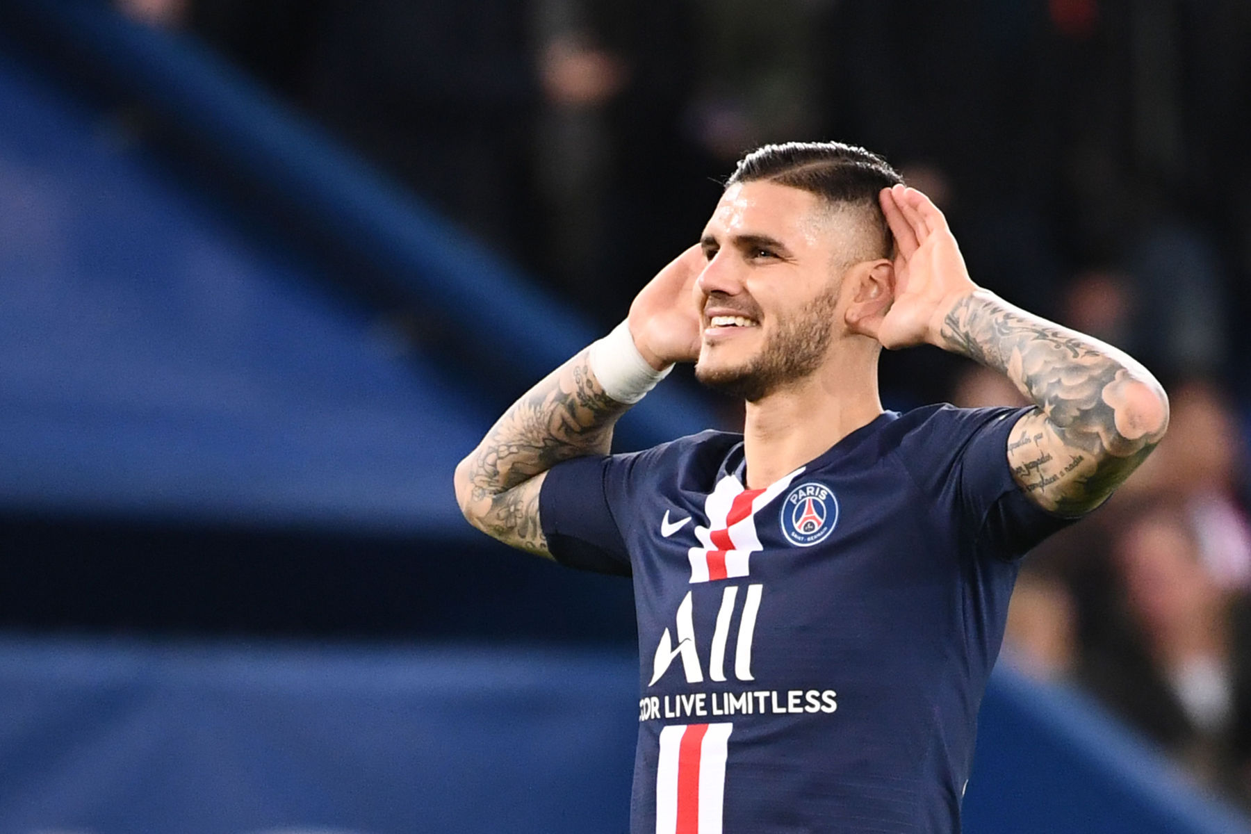 Psg Negotiates A 13m Discount With Inter Milan For Icardi Psg Talk