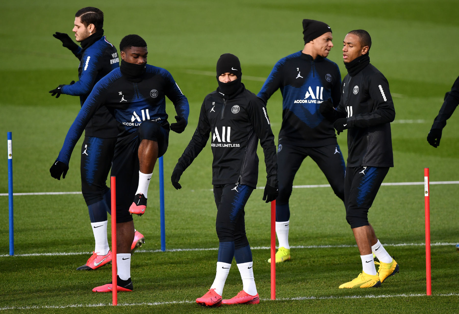 Report Psg Players Won T Return To Training In May Psg Talk