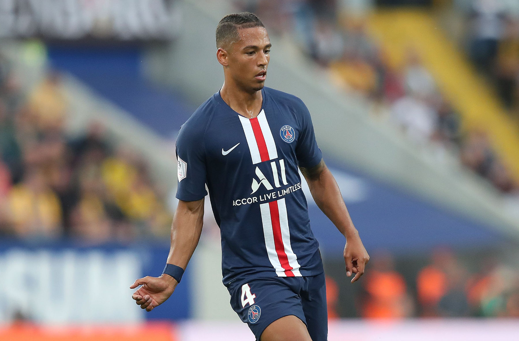 Thilo Kehrer on Wanting To Play Center-Back and the Precautions the Squad  Is Doing To Avoid Another Coronavirus Outbreak - PSG Talk
