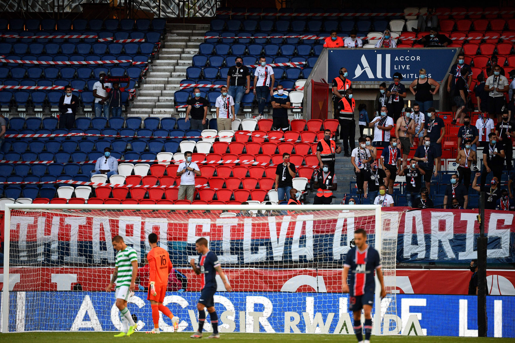 Controversy Between Psg And Celtic Supporters Sours Friendly Match Psg Talk