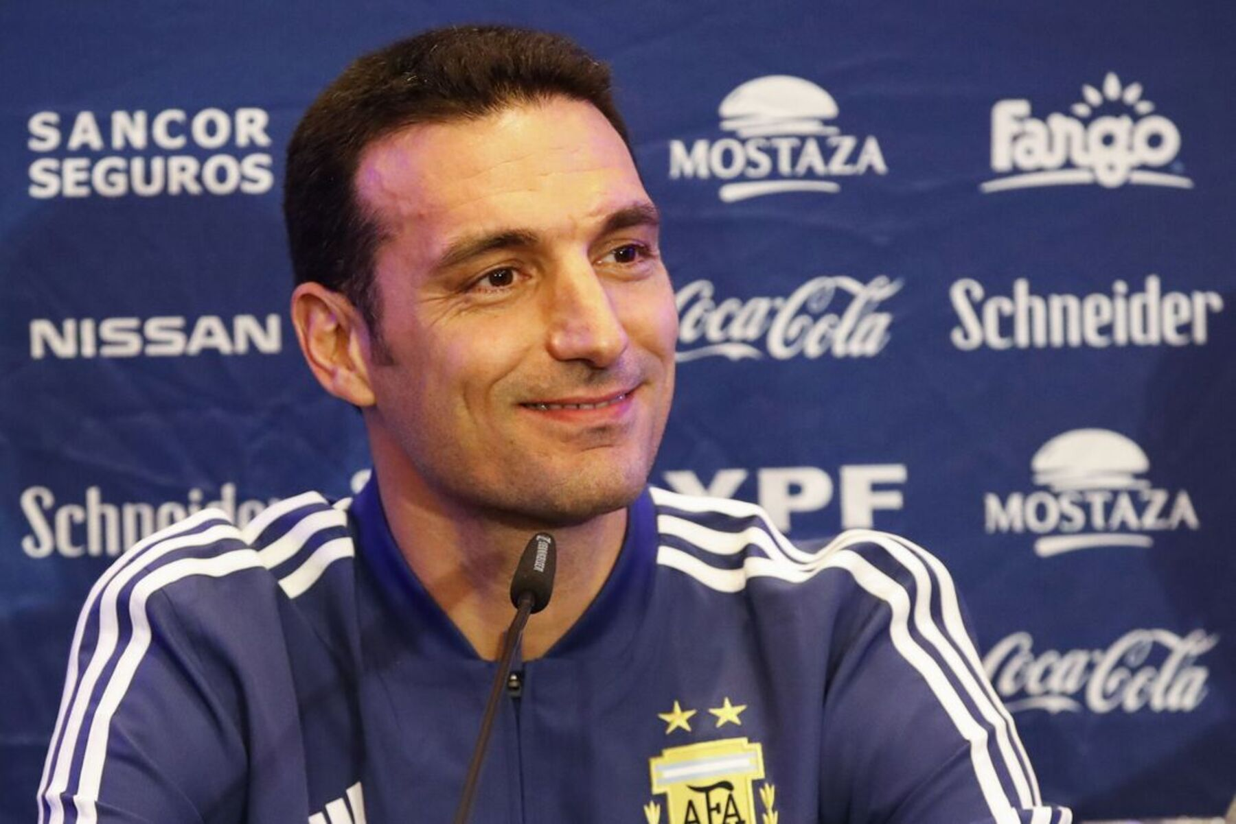 Lionel Scaloni Responds to Di Maria's Criticism Over Being Left Out of Argentina's Squad List for October International Fixtures - PSG Talk