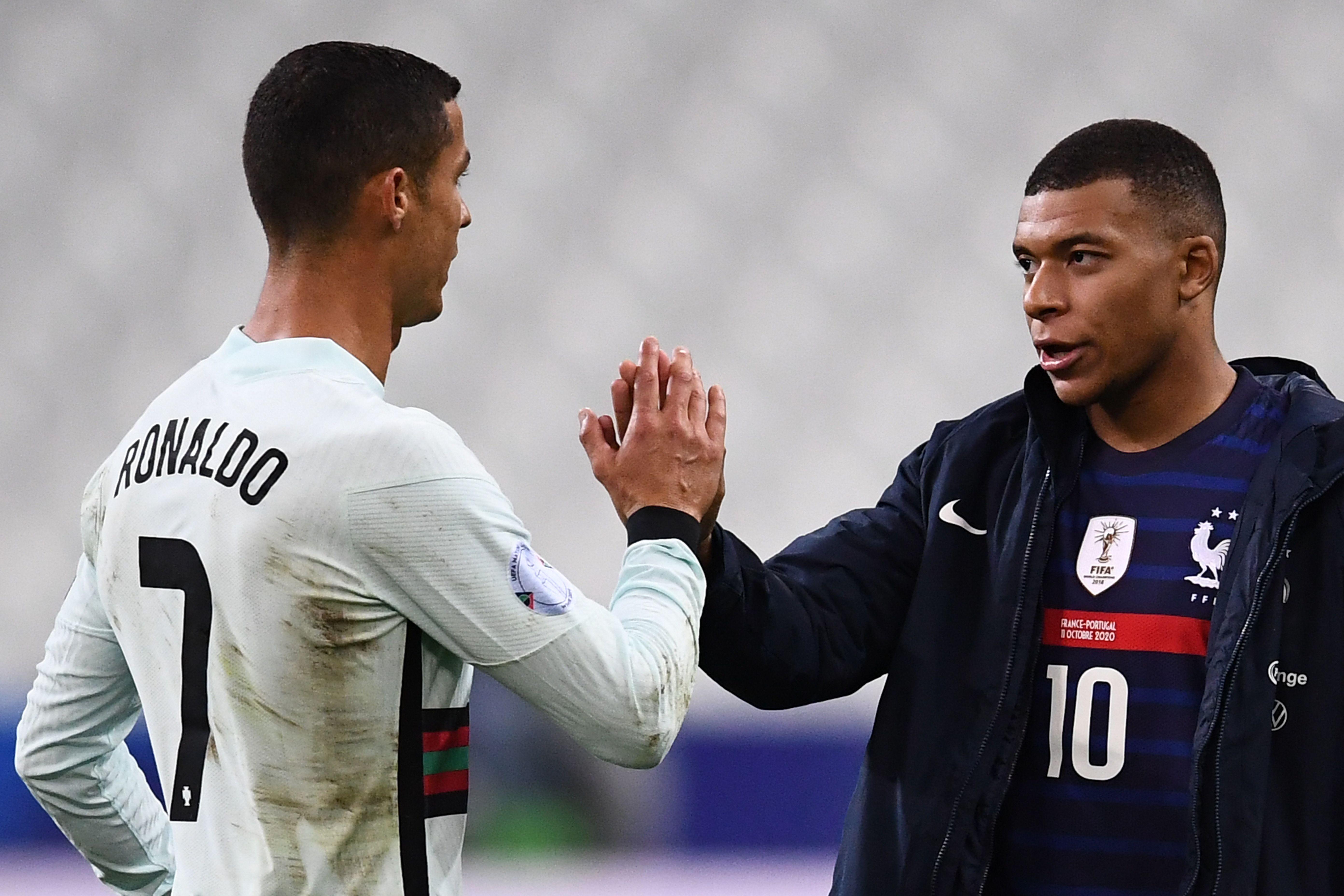 Ronaldo ส่งสัญญาณให้ คีลิอัน เอ็มบั๊ปเป้ เป็นหนึ่งในผู้เล่นที่น่าตื่นเต้นที่น่าจับตามองในวันนี้